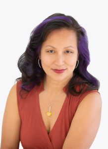 """Insight Leaders: A Conversation with Hang Black, Author of """"Embrace Your Edge"""""""